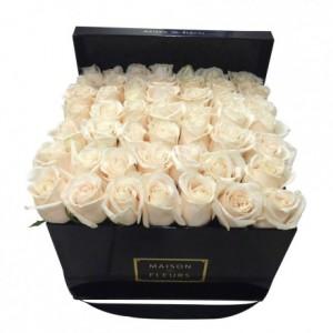 Букет классический из белых роз