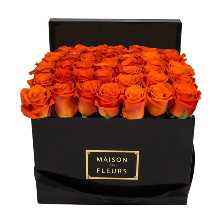 Оранжевые розы Maison des Fleurs