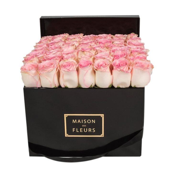 Нежно-розовые розы Maison des Fleurs