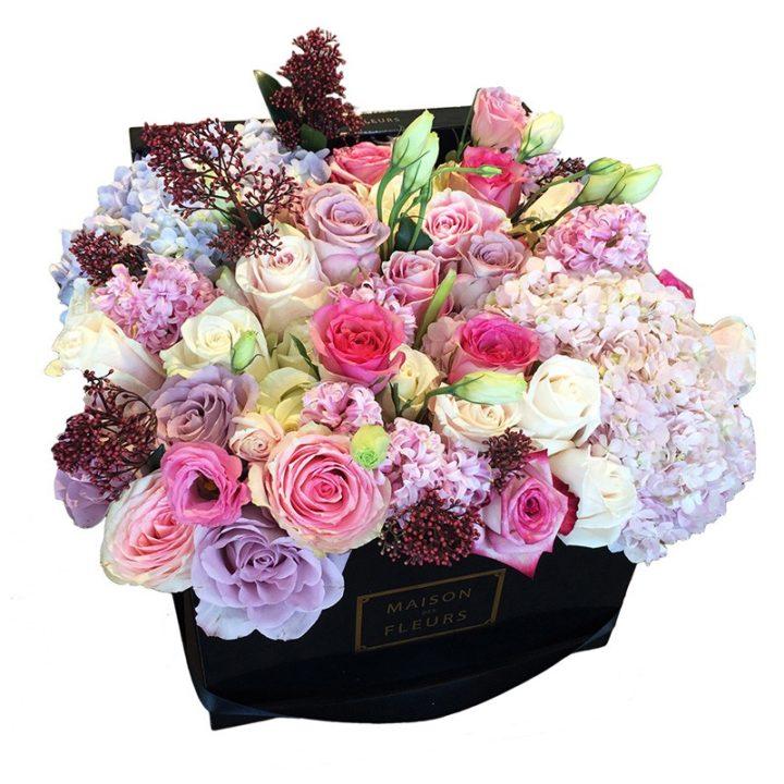 Кремовые и розовые розы Maison des Fleurs