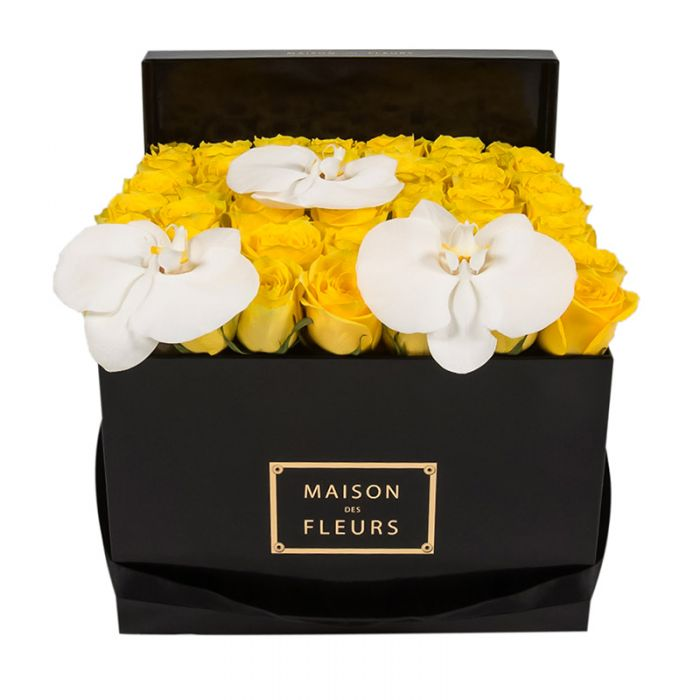 Цветы в коробке Maison Des Fleurs