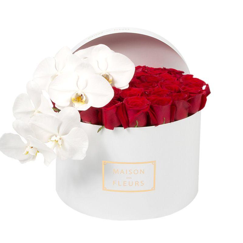 Красные розы, белая орхидея, Maison des Fleurs, коробка с цветами