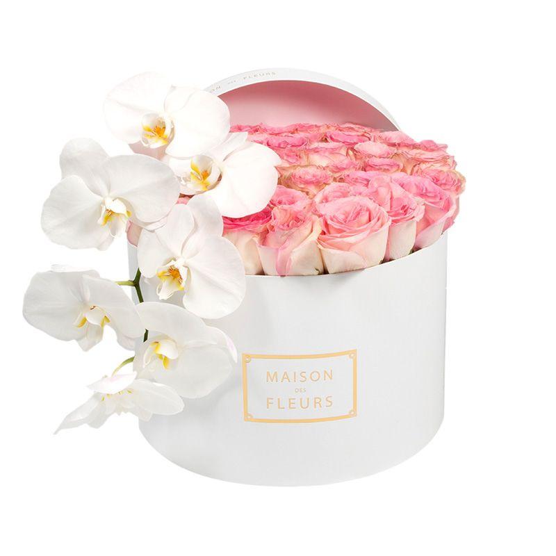 Светло-розовые розы, белая орхидея, Maison des Fleurs, цветы в коробке